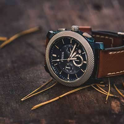 men's watch with leather strap