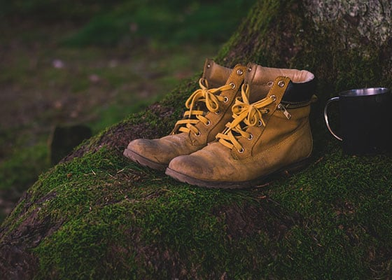 hiking boots with Composite Toe